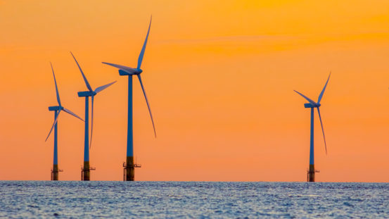 Aviva Investors pumps £400 million into wind farm